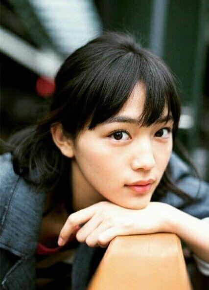 Suki Akita, faced by Haruna Kawaguchi