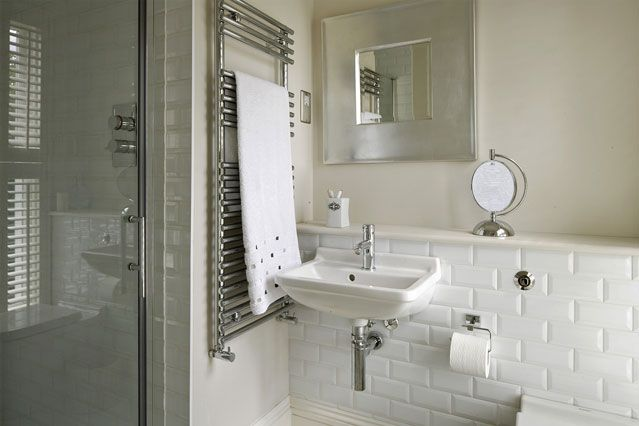 Beautiful  White For Simple And Modern Bathroom Beautiful White Bathroom Interior