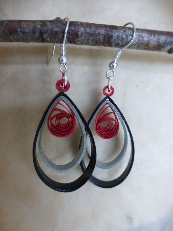 Boucles d'oreille en quilling : Boucles d'oreille par dibavalem