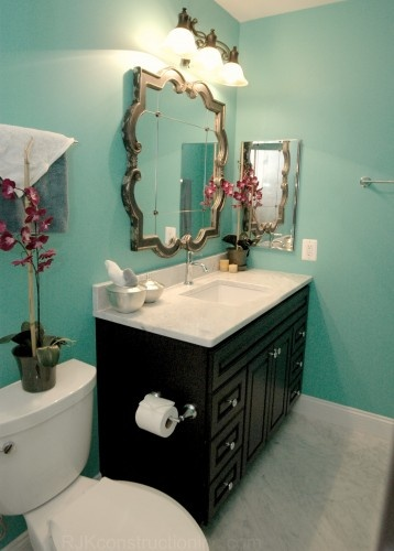 Simple Room Paint Designs: Turquoise Walls, Chocolate Vanity