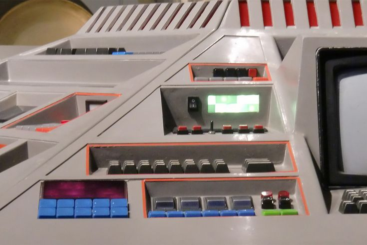 1980's TARDIS console   by The Doctor Who Site