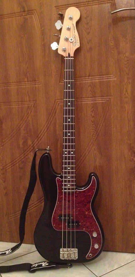 Fender Precision Bass 2006 MIM,  Fender 60th Anniversary :-)