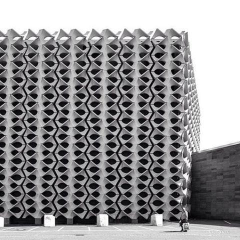 Stadthalle Chemnitz, Chemnitz (formerly Karl-Marx Stadt), Germany built between 1969 and 1974, architect Rudolf White, Hubert Schiefelbein © BACU #socialistmodernism #socheritage