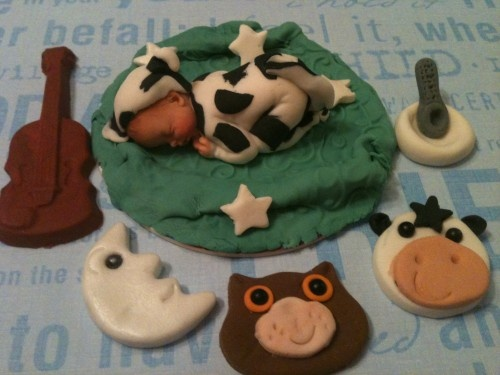 Fondant Baby cake topper - Cow Jump over the moon cake topper | CreatingMemoriesbyanafeke - Edibles on ArtFire