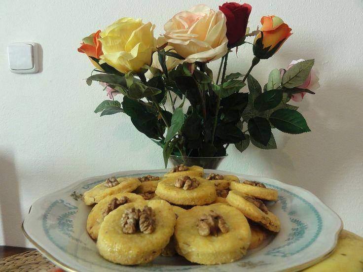 Sýrové sušenky s paprikou a ořechy | recept. Po sladkém předvánočním pečení přišel čas na slané pečivo. Domácí s