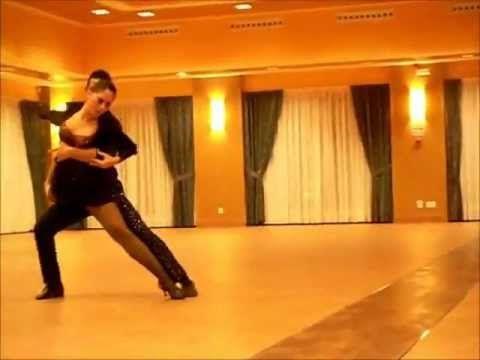 Romeo Santos La Diabla Mi Santa - YouTube