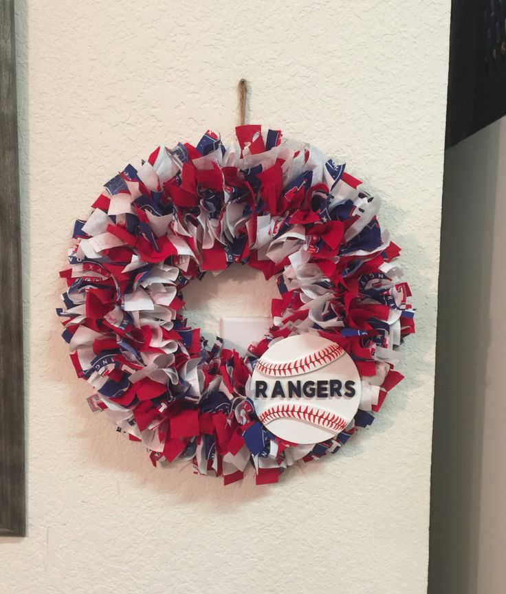 MLB Wreaths- Texas Rangers Wreath- MLB fabric wreath- any team!  Baseball Fabric Wreath- Can personalize by SouthernStylesByJenn on Etsy