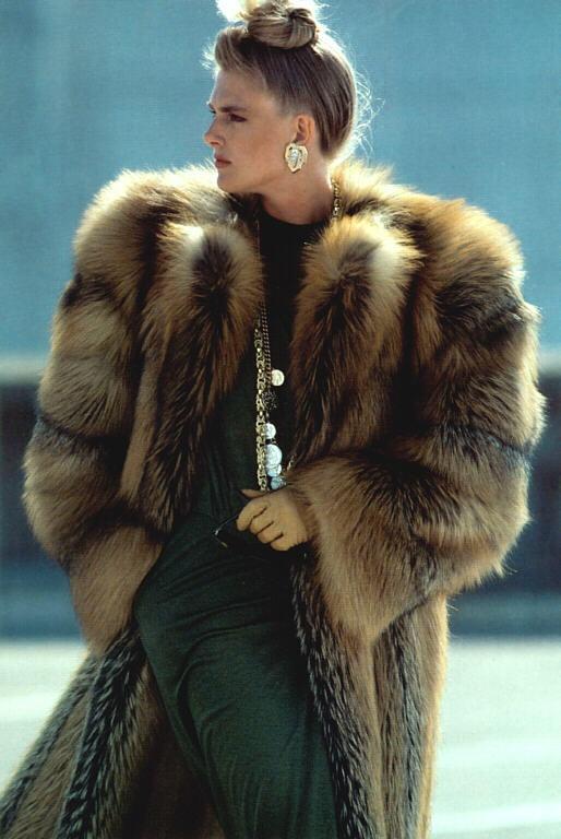 9839 best María de los Ángeles images on Pinterest | Fox fur coat ...