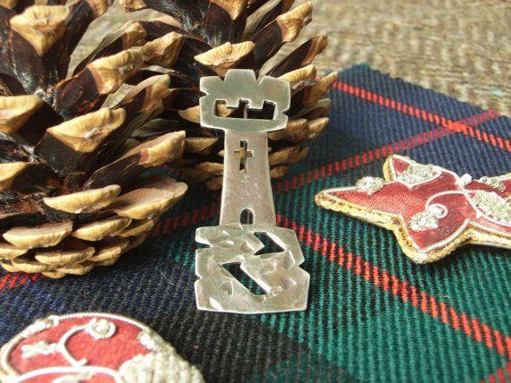 Silver Scottish Kilt Pin / Brooch  Castle. by CallumKiltsJewellery