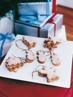 spiced brown sugar cookies