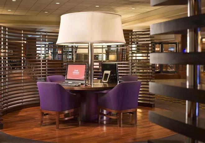Hotel Deal Checker - Sheraton Boston Hotel