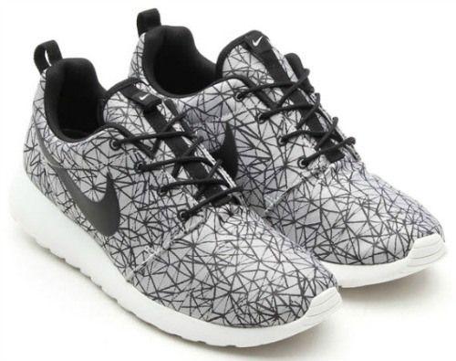 Fashion Trend: Nike Roshe Run GPX premium white