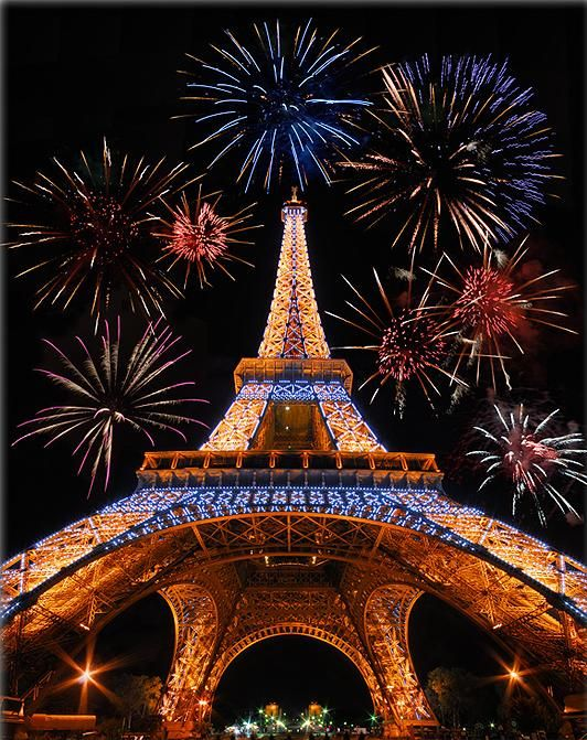 Eiffel Tower lights up for New Year's Eve