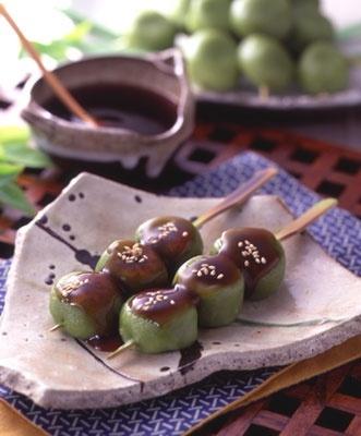 Japanese sweets / Matcha Kushidango