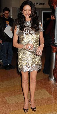 http://rrtruefashion.blogspot.com/ RRs True Fashion: Inspiration for Lifes Red Carpet  Gold Dress #2dayslook #jamesfaith712 #GoldDress  www.2dayslook.com