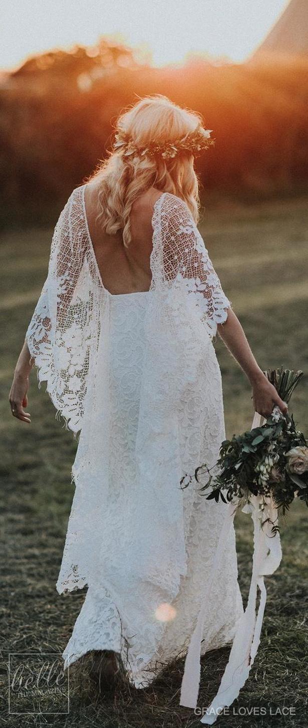a836dbfb42f 20 Simple + Rustic Wedding Dresses | Νυφικά Για Γάμους Σε Παραλία ...