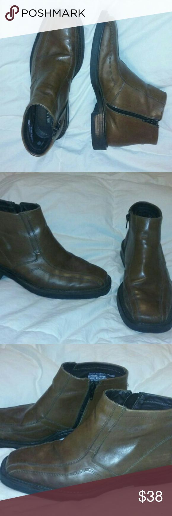 Skechers Ankle Boots Brown Leather Mens Sz 8.5 Skechers Collection Ankle Boots Brown Leather Mens Size 8.5  Very good, clean condition.  Bit scuffing at front.  Otherwise great.  Genuine leather upper.  Super sharp! Skechers Shoes Boots