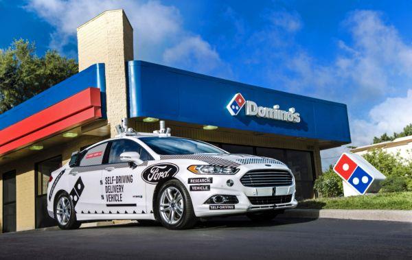 Ford y Dominos llevarán pizzas a domicilio mediante coches autónomos