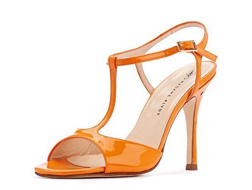 Sandalo FEDRA, in vernice arancio. Tango shoes collection.