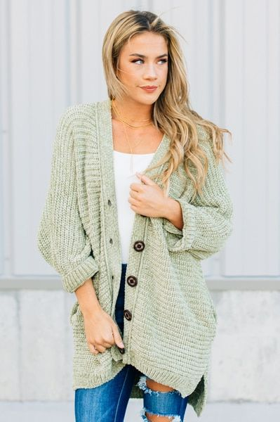 Cozy Oversized Loose Weave Chenille Cardigan With Wood Button