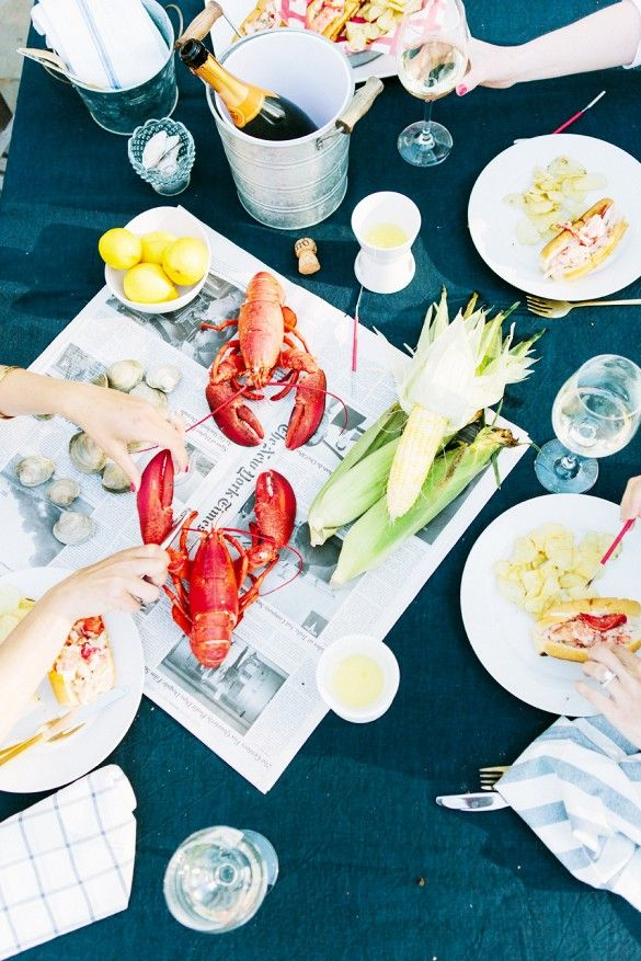 Photo: www.erinmcginn.com/ Styling: www.abbycapalbo.com  Summer Lobster Bake via @mydomaine