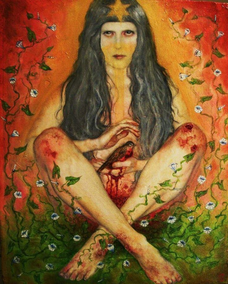 Menstruation is part of the physiological rhythms of life, to menstruate the energy of life contained in the womb occurs. When the woman is in time of moon it is connected with the mystery of the feminine and with mother earth.