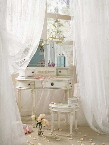 vanity table, tulle drapes
