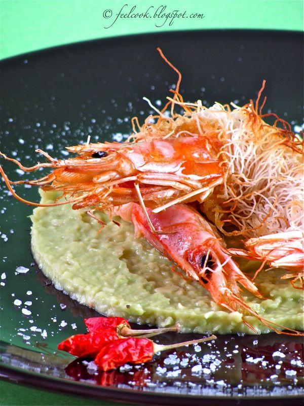 GAMBERI IN PASTA KATAIFI E GUACAMOLE DI AVOCADO / shrimp in kataifi with avocado guacamole