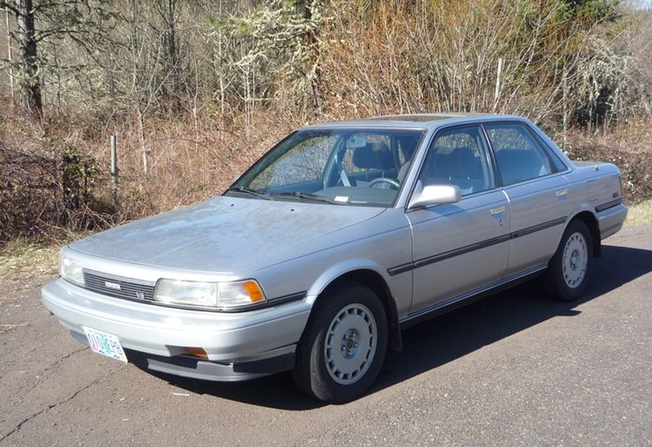 Curbside Classic Review: 1990 Toyota Camry LE V6 – Dripping With Fat