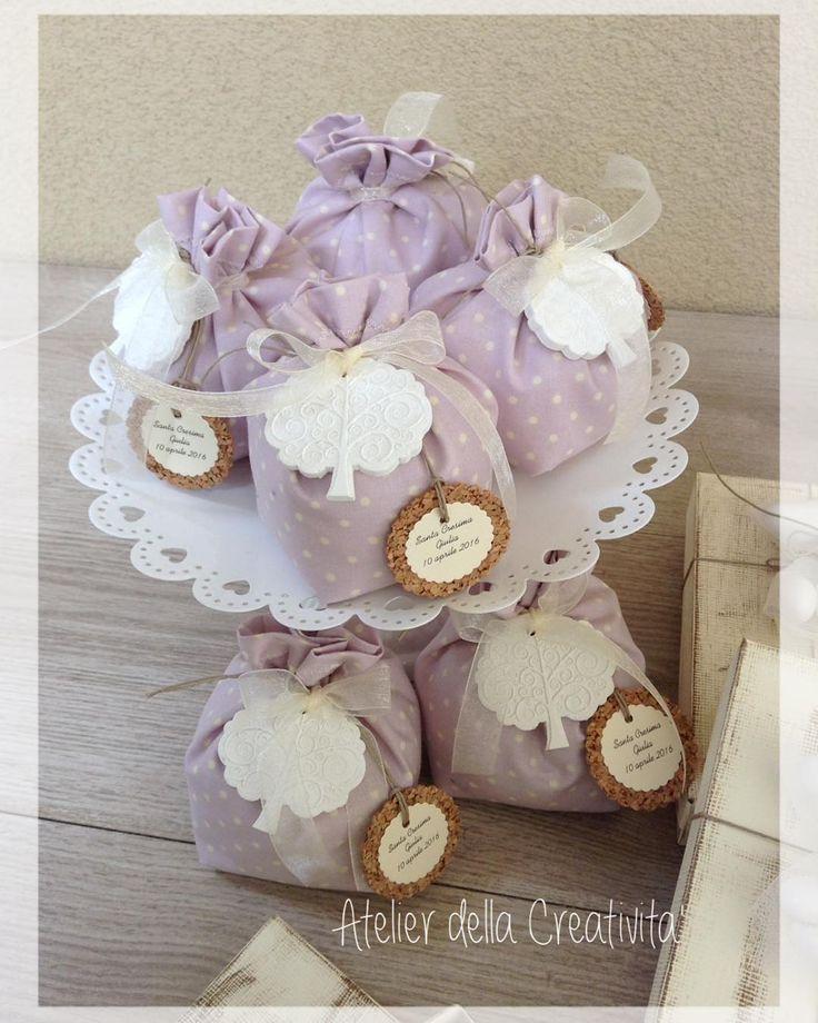 Santa Cresima di Giulia.....per ricordare questa giornata, ha scelto un sacchettino porta confetti color pastello e un simbolo....l'albero della vita.....grazie! #atelierdellacreativita #sacchettini #confetti #pois #bomboniere #alberodellavita #gessettiprofumati #polverediceramica #comunione #cresima #handmade #fattoamano #thewomoms_handmade #percorsicreativi #notonlymama #mamme #shelfgram_me #creativemamy