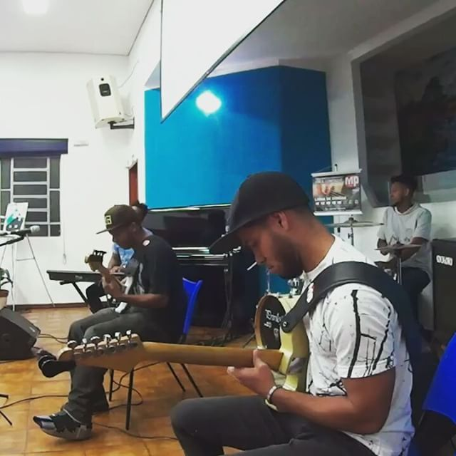 """Um pouco do som com @rsantosgroove @ivan_cardoso.drummer @fernando_tristao @mpstringsoficial #otimbreperfeito #mpstringsoficial #artistabrasileiro #marketingdigital #voice #jazz #guitar #tele #som #musica #vida #violao #aulas #church #Deus #samba #bossa #gospel #vivendodegroove #altaperformance #forever #guitarristas #guitarchops"" by @wagnerguitarr. #startupgrind #successmindset #businesslife #inspiringquotes #successquote #entrepreneurquotes #ceo #motivational #leadership #siliconvalley…"