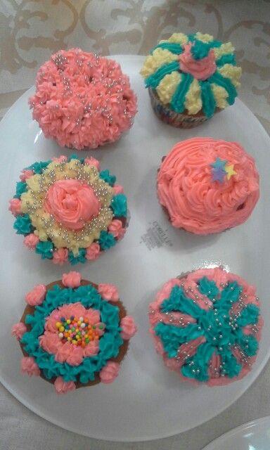 Cupcakes del cumple de mi Camilita.