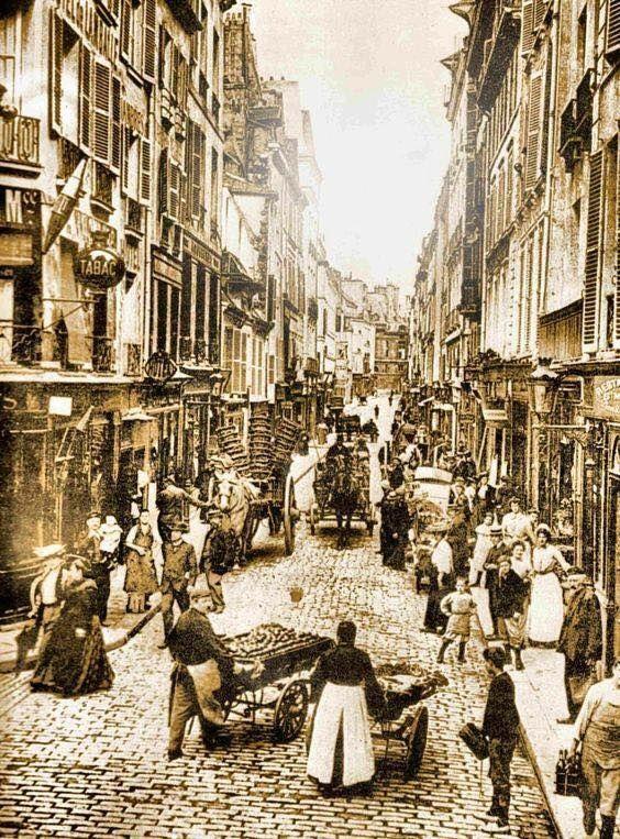 Rue de Seine .. Paris 1900