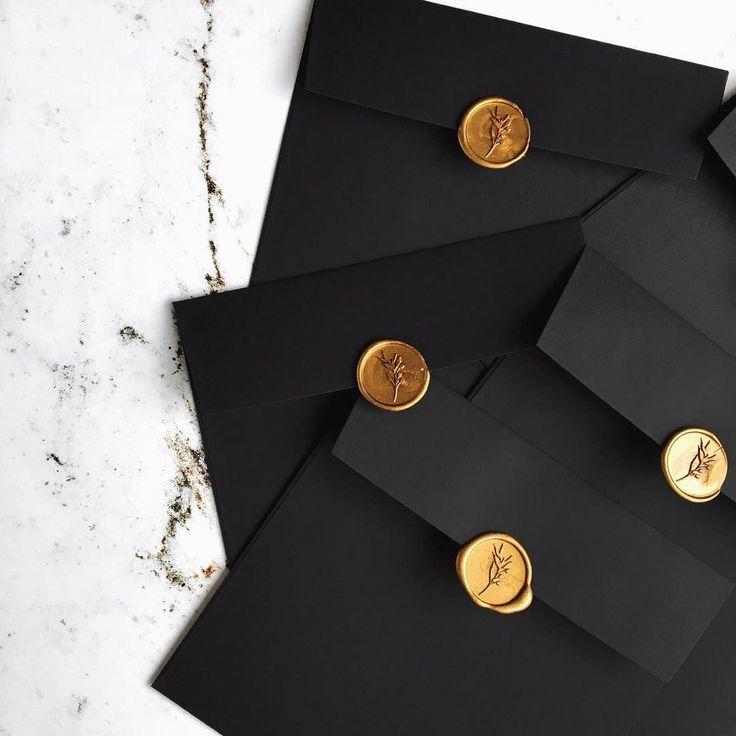 © PAPIRA invitatii de nunta personalizate // Just one of the beautiful orders that was send last week - gold wax seals #papiradesign #papirainvitations #invitatiidenunta #invitatiinunta