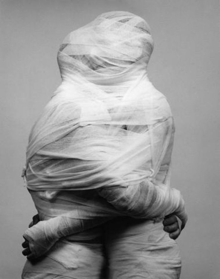 Robert MAPPLETHORPE :: White Gauze, 1984