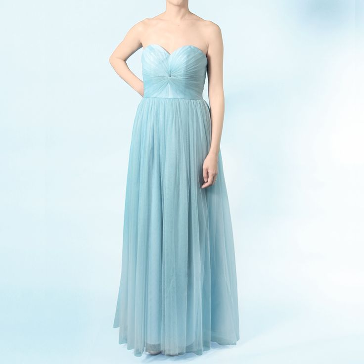 インフィニティロングドレス・ボビネット(パウダーブルー)。ボビネットならではのエアリーなボリューム感が魅力。 #Bridesmaid #Wedding #Dress #Blue #Vintage