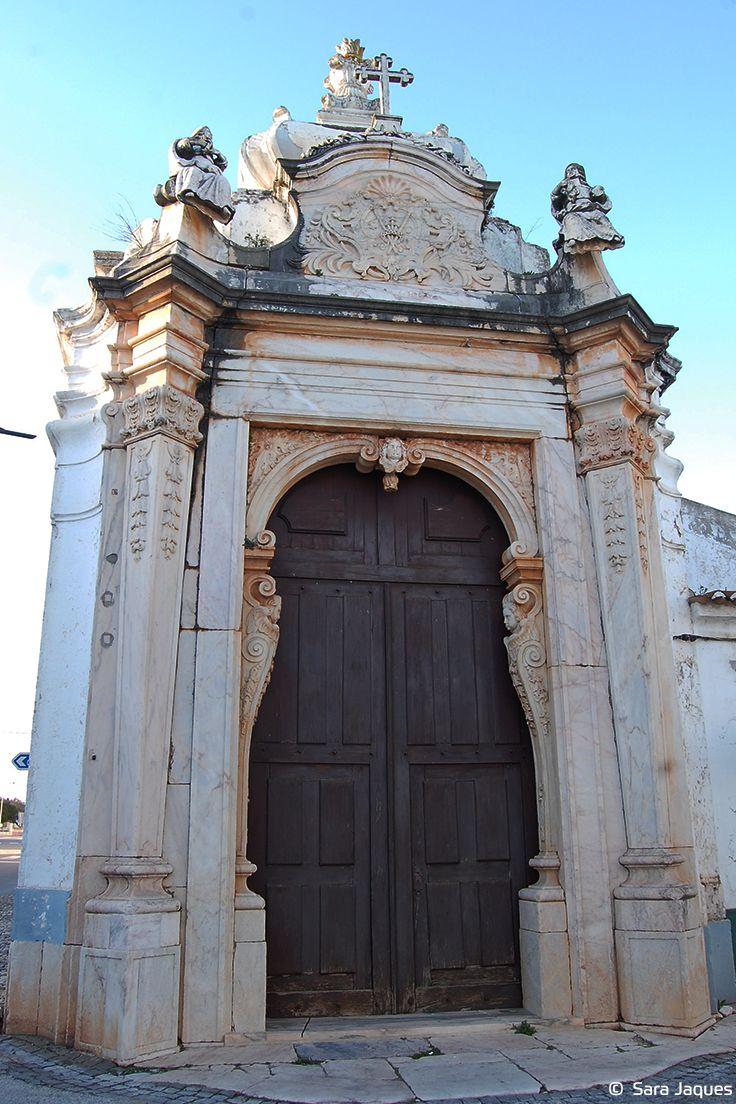 Os Passos da Paixão do Senhor em Borba, também conhecidos como Passos Processionais do Senhor, são uma construção das Estações da Via Sacra que remonta aos anos de 1750/60. A obra é atribuída ao arquiteto José Francisco de Abreu.