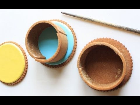 NEW COOKIE DECORATING VIDEO: How to Make Contoured Cookie Dough, by Julia M Usher. A follow-up video to her video, How to Make Contoured Cookie Baskets! In this video, Julia shows you an easy way to make curvy dough.