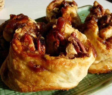 Easy Cinnamon Buns Recipe