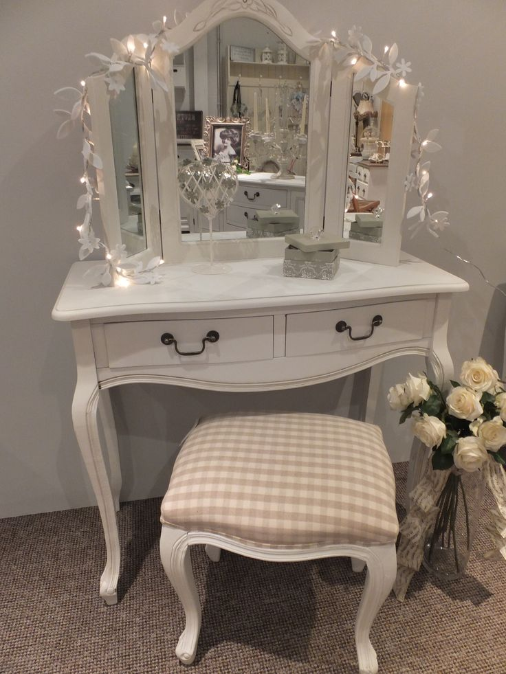 Shabby Chic with Style.