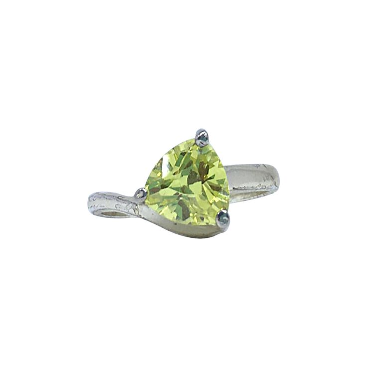 Sterling Silver Ring - Marked 925 Silver, Peridot Trillion Cut Solitare Stone dimensions: 8 mm x 8 mm, US ring size # 8 This style of trillion cut ring really sparkles and is a great alternative to diamonds as an engagement ring. Or treat yourself to a stone that is really eye catching in the light. This is a pre- owned ring.  #TrillionRing #SolitareRing #VintageRing