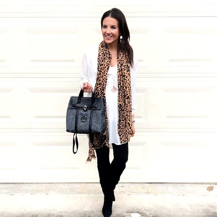 Fall Outfit Leopard Scarf Long White Tunic Top Petite Fashion Blogger Lady In Violet In 2020 Scarf Casual Petite Fashion Winter Outfits