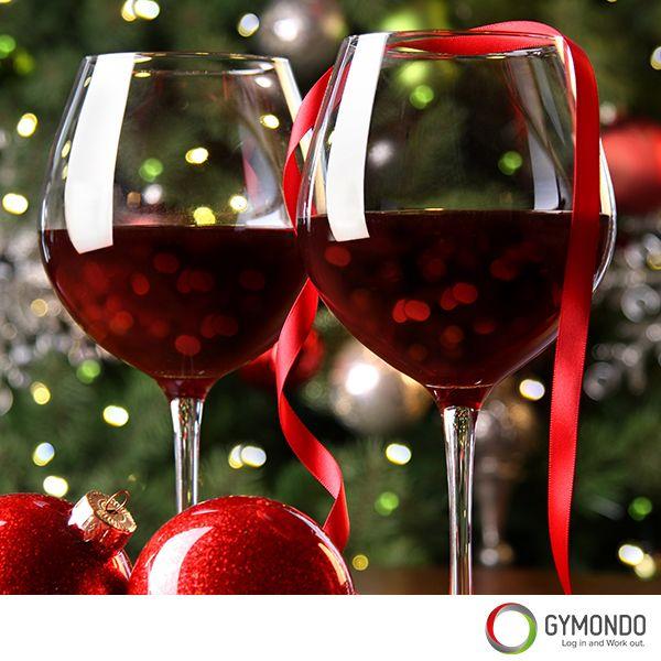 4. Alkohol – Oft wird der Kaloriengehalt alkoholischer Getränke unterschätzt. Dabei  hat es Alkohol ganz schön in sich. Zusätzlich zum hohen Kaloriengehalt hemmt Alkohol außerdem die Fettverbrennung. Deshalb: Halt Dich beim Alkohol zurück und falls Du nicht verzichten magst, belass es bei 1 bis 2 Gläsern Wein.
