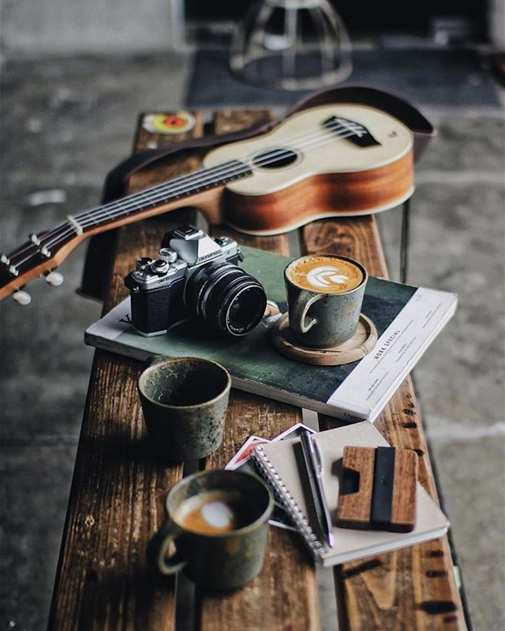 Coffee Music and photography. Everything is an Art  : @vanissakaris #GetCoffeeBeHappy