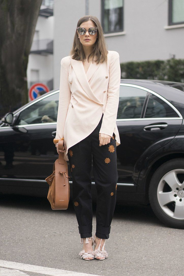 Street Style: Paris Fashion Week Fall-Winter 2016-2017