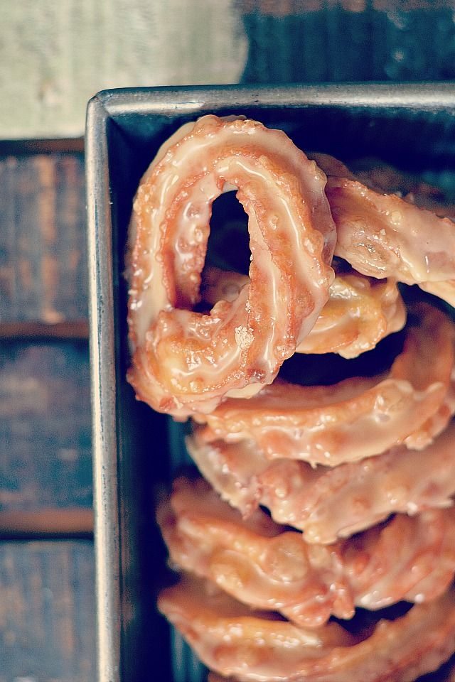Bakeaholic Mama: French Canadian Crullers (Maple Crullers) Deep fried French crullers dipped in a maple glaze instead of the traditional honey glaze.