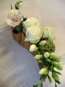 Awesome arrangements floraux de table gallery for Petites compositions florales pour table