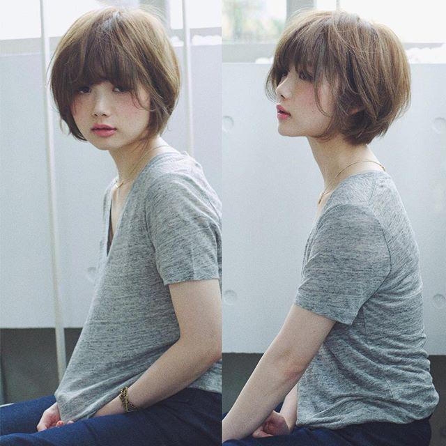 Straight Hair With Bangs 前髪ありヘア ショートのヘアスタイル