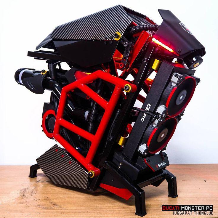 Ce matin on se penche sur le projet Ducati Monster PCconçu par palmparkour. On est sur unscratch build très inspiré par le thème de la moto. Photos: Hardware: Boitier: Scratch CPU: Intel Core I7-37