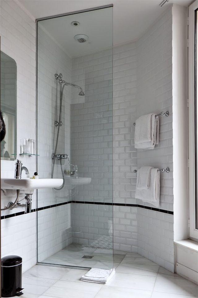 Hotel Emilê, Le Marais, Paris (via Bloglovin.com )